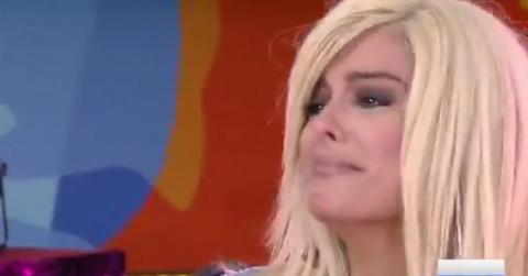 BRIZNULA U PLAČ: Albanska pevačica gostovala u jutarnjem programu, a onda je voditelj uradio OVO usred emisije! (VIDEO)