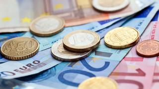 Nawet 780 euro miesięcznie za darmo. Włochy wprowadzają dochód podstawowy