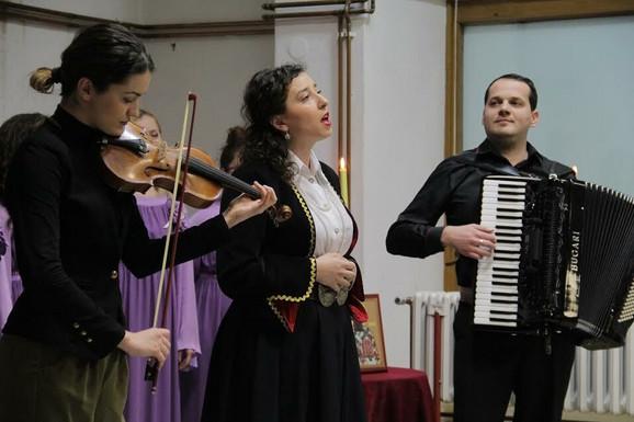 Svetosavska akademija okupila umetnike iz dve Gradiške