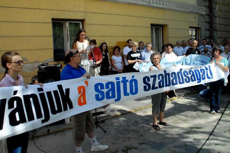 SUBOTICA- Protest novinara Madjar So i Het nop