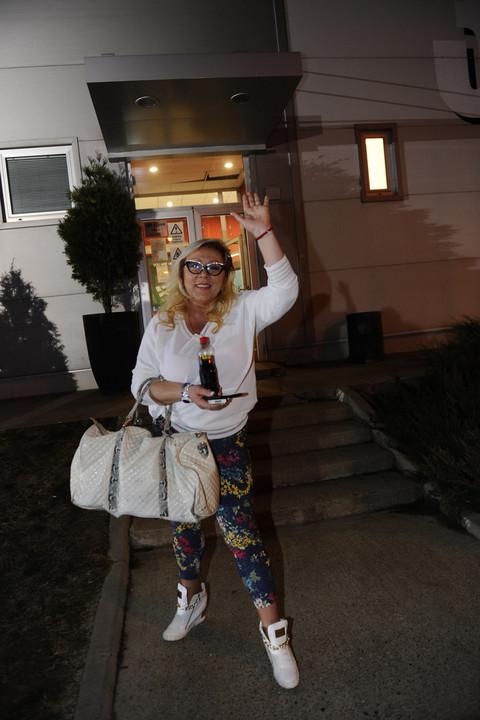 Skandalozno: Zorica Marković ustala iz kreveta i pokazala više nego što je htela!