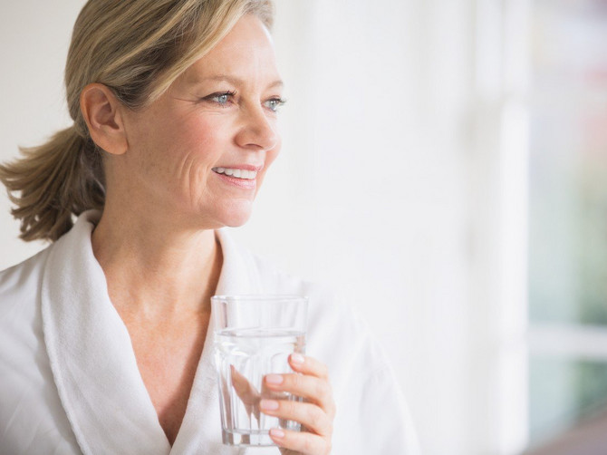 Pijte svakog jutra: Samo jedan sastojak u čaši tople vode čini čuda