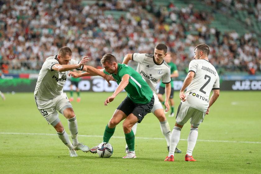 Jeśli Legia obroni nikłą przewagę sprzed tygodnia i wyeliminuje Florę Tallin w II rundzie eliminacji Ligi Mistrzów, ma zagwarantowany udział przynajmniej w fazie grupowej Ligi Konferencji.