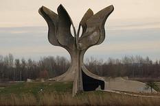 450px-Logor_Jasenovac