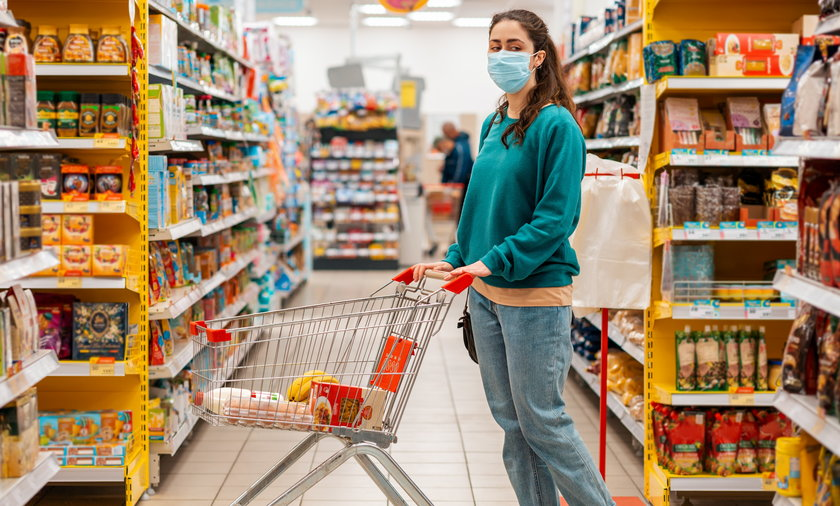 Inflacja wzrost cen w Polsce powoduje zmianę nawyków zakupowych.