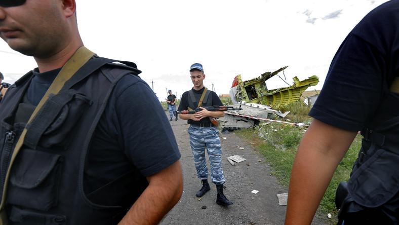 Separatyści przy wraku MH17
