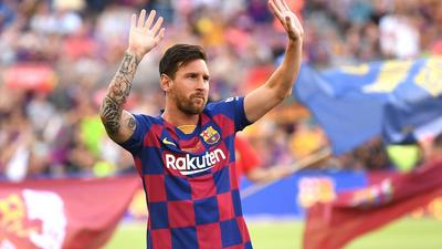 Former Argentine goalkeeper Hugo Gatti wants Lionel Messi to join Real Madrid to prove he's better than Cristiano Ronaldo