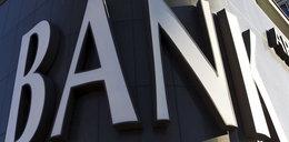 Zwolnienia z opłat bankowych - kiedy, dla kogo i jak to jest możliwe?