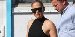 Jennifer Lopez pręży brzuch po siłowni. Zapiera dech