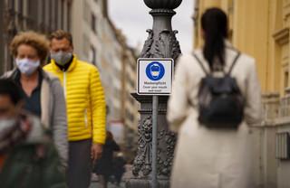 Specjalista chorób zakaźnych: Oficjalne statystyki nie oddają skali epidemii