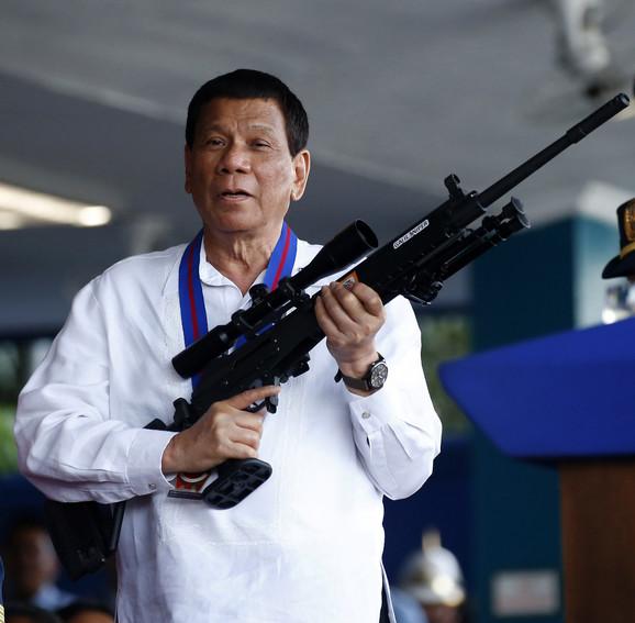 Duterte dilerima presuđuje po kratkom postupku