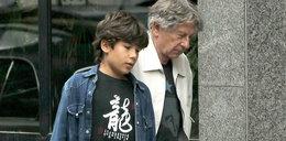 Polański spaceruje z synem. Zdjęcia