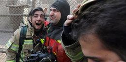 Zawalił się płonący budynek. Zginęło kilkudziesięciu strażaków