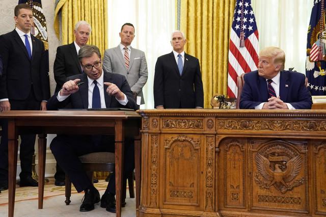 Najavljuju se velike promene Trampove politike