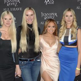 Polki w międzynarodowym konkursie dla modelek. Wspiera je Jennifer Lopez