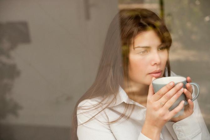 Britanski psiholog uživa u šalji čaja i to je relaksira