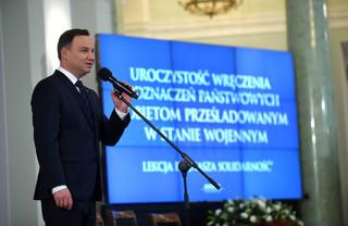 Prezydent odznaczył kobiety prześladowane w stanie wojennym