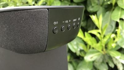 Test Panasonic SU-HTB254: Soundbar mit wireless Sub