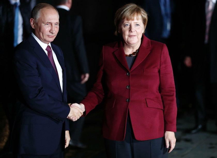 Angela Merkel z Putinem 19 października 2016 roku