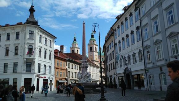 U Sloveniji je prosečna neto plata veća od 1.000 evra