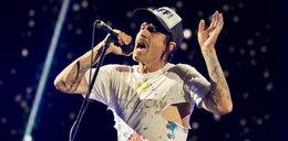 """Wokalista Red Hot Chili Peppers był w szpitalu! """"Jesteśmy załamani"""""""