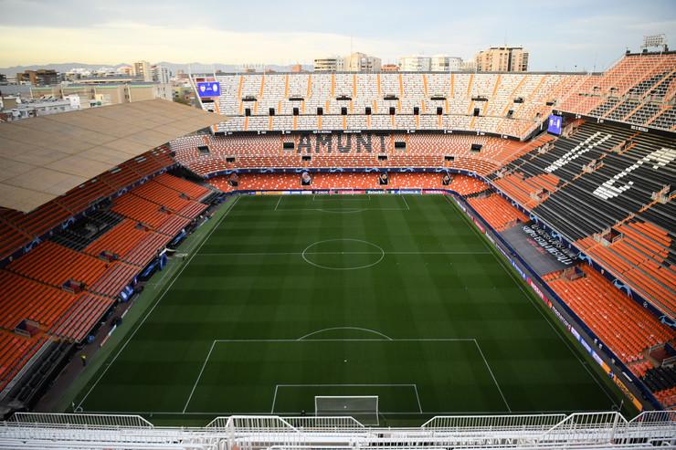 Prazan stadion