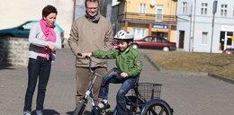 """Adaś dostał rower od komentatora """"Faktu"""""""