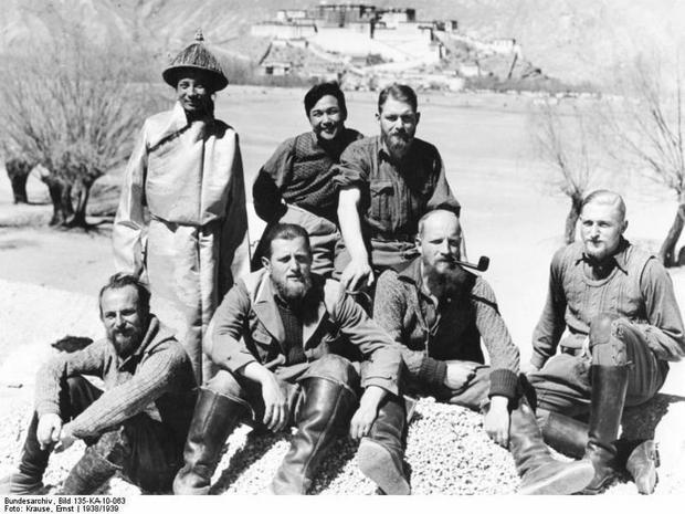 Członkowie ekspedycji Schäfera