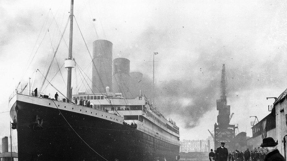 Titanic podczas swojego dziewiczego rejsu w Southampton