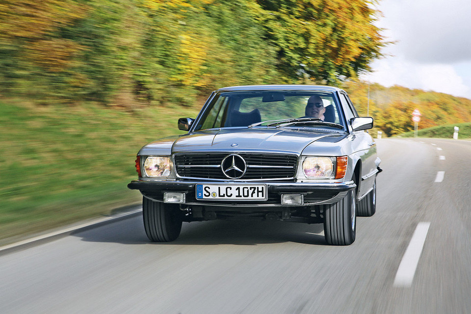 Mercedes-Benz 350 SLC (C107)