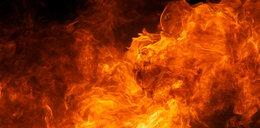 Policjanci drogówki uratowali z pożaru dwie osoby