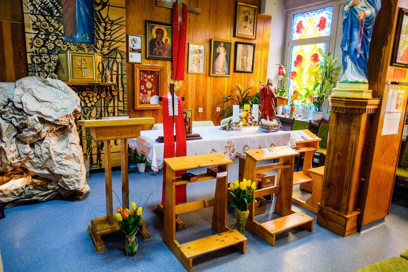 W kaplicy pacjenci znajdują chwilę wytchnienia