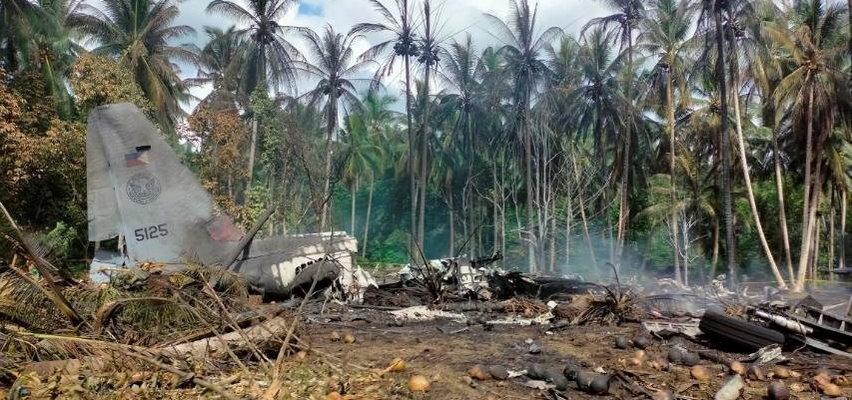 Katastrofa samolotu. 29 osób nie żyje. Co najmniej 50 uratowano z płonącego wraku