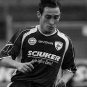 """ITALIJA U NEVERICI Fudbaler sa nadimkom """"pitbul"""" izvršio samoubistvo u 31. godini života!"""