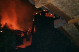 Izgoreo hotel Partizan u Niskoj banji požar vatra foto I. A.