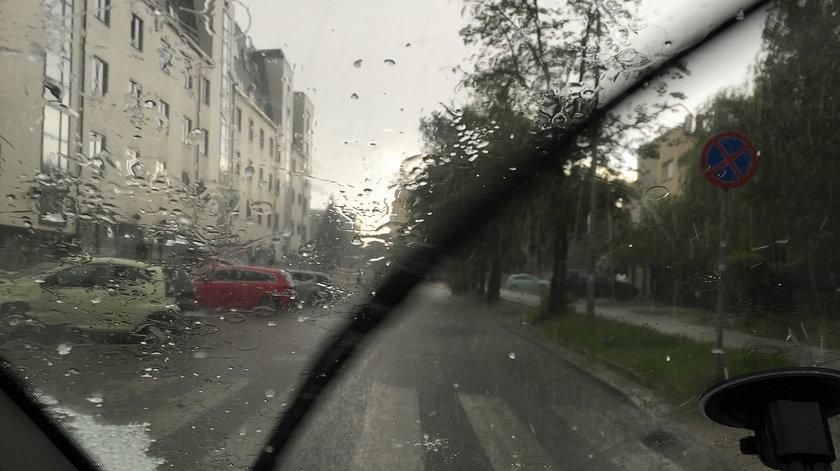 Prognoza pogody w Polsce. W niektórych województwach spodziewane są burze i grad