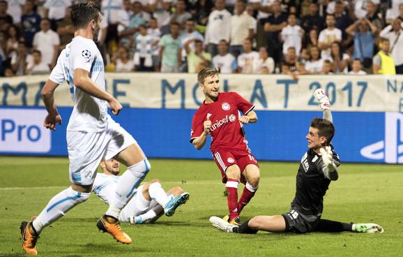 Marin daje gol protiv Rijeke za pobedu Olimpijakosa