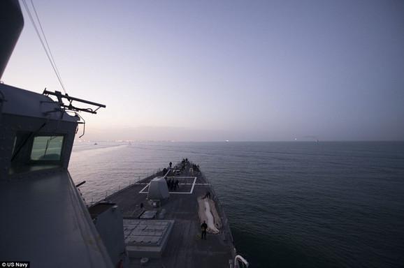 I američka mornarica je krenula iz Portugala kako bi presrela Ruse