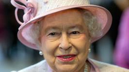Elżbieta II szuka nowej pani do sprzątania i do... przygotowywania  kąpieli