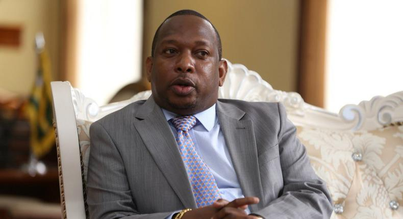 Nairobi Governor Mike Sonko during a past meeting at his City Hall office (Twitter)