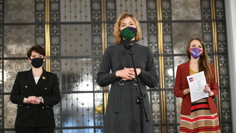 Magdalena Biejat, Agnieszka Dziemianowicz-Bąk i Anna Maria Żukowska