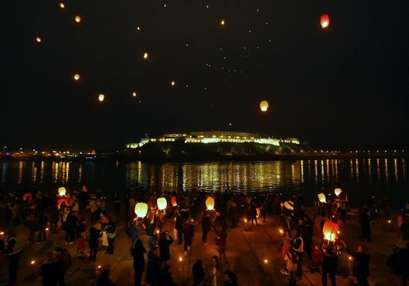 ''Osmehov festival lampiona'' u Novom Sadu