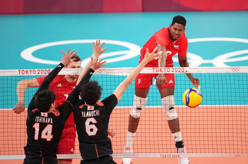 Polscy siatkarze w turnieju olimpijskim robią nie mniejsze wrażenie niż shinkansen.