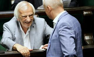 Negocjacje w rządzącej koalicji zawieszone. Terlecki: Kaczyński ostrzegł członków klubu przed niesubordynacją
