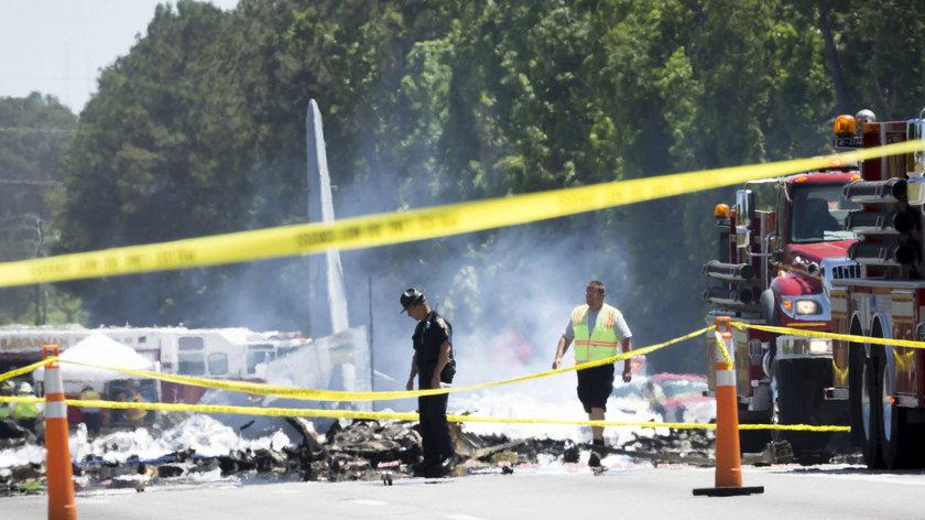 C-130 Hercules crashes near the Savannah International Airport.