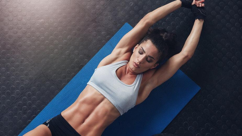 Ćwiczenia na płaski brzuch – czy to działa?