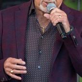 Najveći zavodnik među pevačima danas ima skoro 80 godina i U KUPAĆEM IZGLEDA OVAKO: Spavao je sa preko 250 žena, a OVO mu je nova devojka