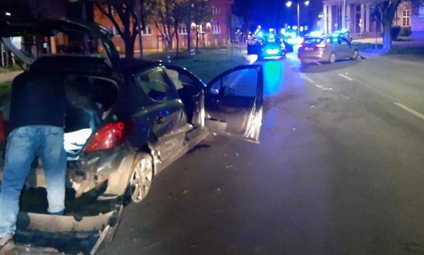 Pościg i strzelanina na Śląsku. 26-latek taranował radiowozy.