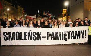 Prezes PiS podczas miesięcznicy smoleńskiej: Cierpliwość i konsekwencja zwycięża