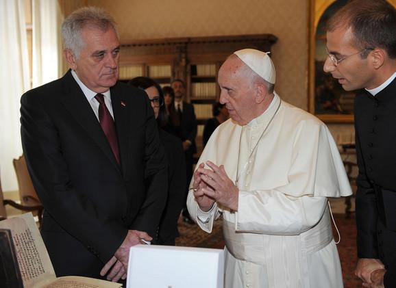 Tomislav Nikolić i papa Franja